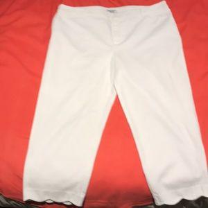 White summer crop pants. Scalloped cuffs